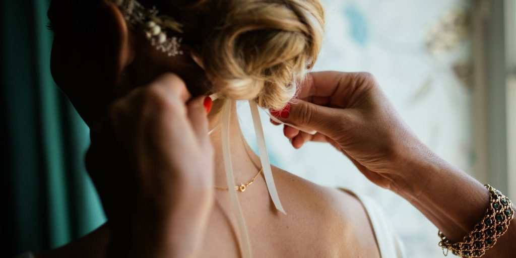 Things To Consider When Choosing A Wedding Hairdresser